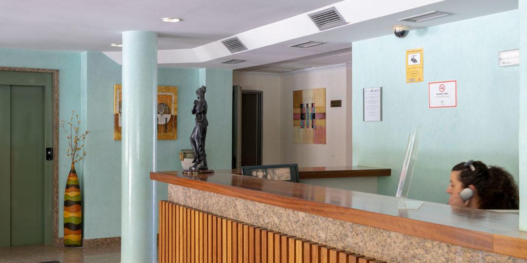 Apartamentos Nerja Bahía